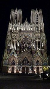 Cathedral-at-night300